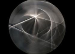 Dynamo-un-siècle-de-lumière-et-de-mouvement-dans-lart-1913-–-2013Yann-Caradec-300x226